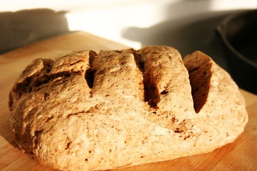 Bread with teff and flax
