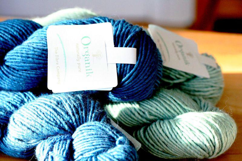 Fibre company yarn