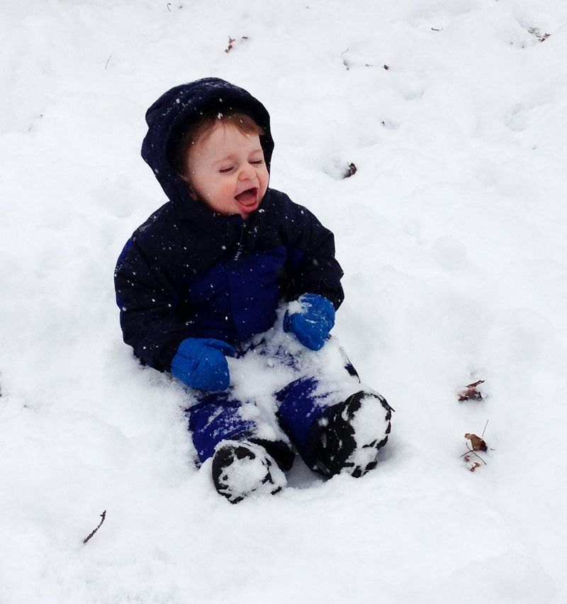 First snow play