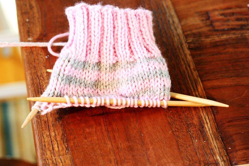 Knitting Pattern Leg Warmers Bulky Yarn : Yarn Along (Leg Warmers for Giants). - Bird and Little Bird